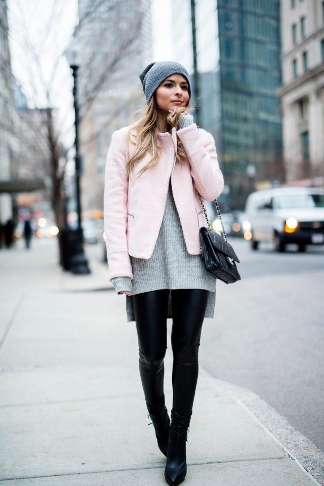Серый свитер и короткая куртка